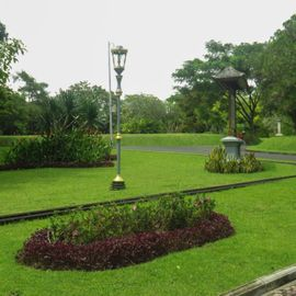 The Exotic Presidential Palace: Tampak Siring