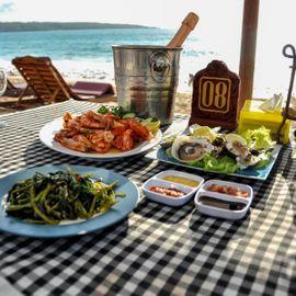 Seafood Culinary Tours on Muaya Beach