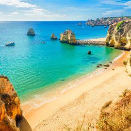 """Exploring a Private """"Honeymoon"""" Beach in Jimbaran"""