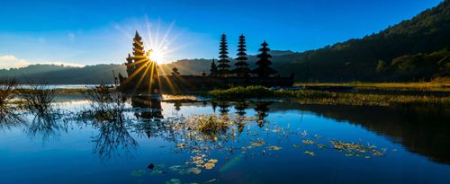 The Beauty Panorama of Ulun Danu Tamblingan Temple