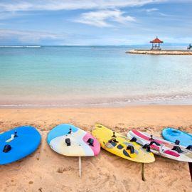 Surfing Spot for Beginner Surfers