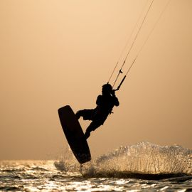 10 List of Exciting Water Sports in Tanjung Benoa. Dare to Try?