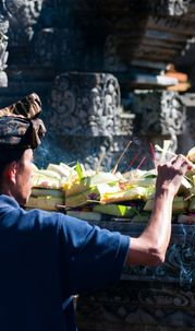 Holy Shivaratri Day: Balinese Hindus Strive in Self-awareness