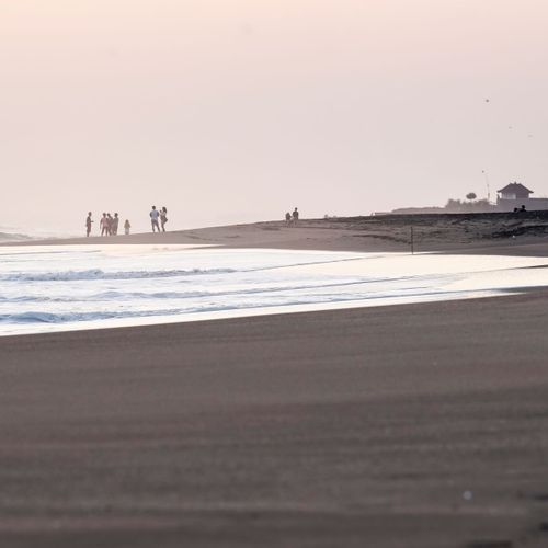 Quiet Waves of Klecung Beach Tabanan Will Accompany Your Vacation