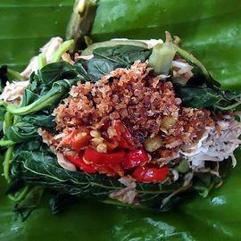 Enjoying the Delicious Jukut Serapah