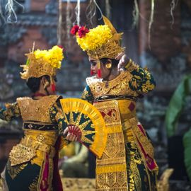 Prepare Your Courage to See the Mystical Sanghyang Dedari Dance!