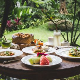Eating Breakfast While Enjoying the Beautiful Panorama of Ubud
