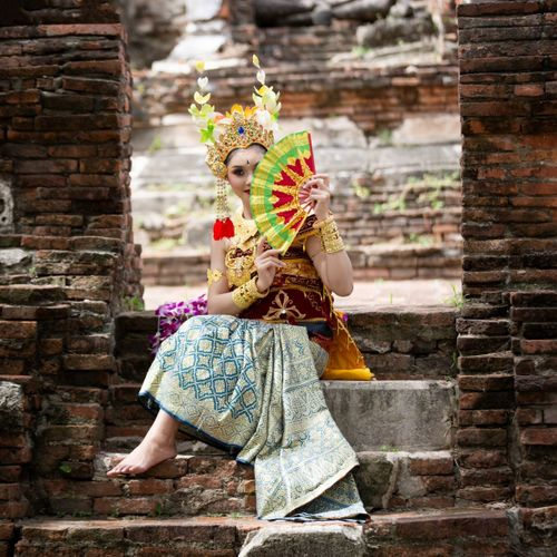 Ngekeb Ritual: Preparatory Procession Towards a Wedding in Bali