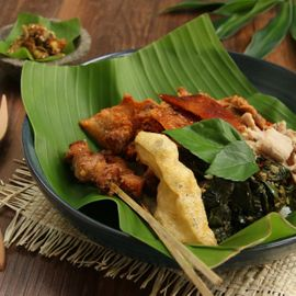 Babi Guling Bali, Legendary Menu at the Most Popular Store