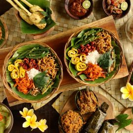 The Famous Spicy Rice in Bali, Dare to Try?