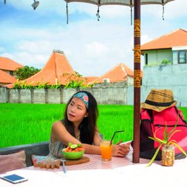4 Places to Eat for Backpackers in Bali